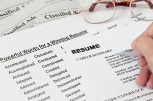 Powerful word for winning a resume
