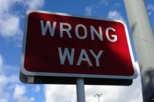 wrong-way-167535_1280